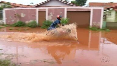 Chuva dura mais de 10 horas em Araguaína e provoca estragos pela cidade - Chuva dura mais de 10 horas em Araguaína e provoca estragos pela cidade
