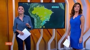 Previsão mantém alerta de deslizamentos de terra no RJ - Confira a previsão do tempo para todo o país nesta quinta-feira (15). Confira a previsão do tempo para todo o país nesta quinta-feira (15).