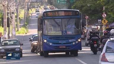 Passageiros dizem que ônibus da linha 305 são malconservados - Acidente na noite desta terça-feira com um coletivo da mesma linha matou cinco pessoas e feriu 16.
