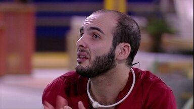 Mahmoud avisa: 'Focado em resolver meus conflitos com o trio' - Mahmoud avisa: 'Focado em resolver meus conflitos com o trio'