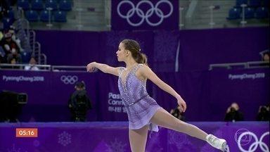 Brasileira Isadora Williams vai à final da patinação na Coreia do Sul - A brasileira de 22 anos garantiu vaga inédita na final da patinação artística. Antes da apresentação, ela fez aquecimento ao som da música Vai Malandra, de Anitta.