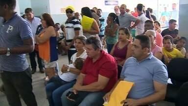 Usuários reclamam da demora no atendimento Instituto de Identificação de Sergipe - Repórter Cleverton Macedo tem as informações de como está a movimentação no local.