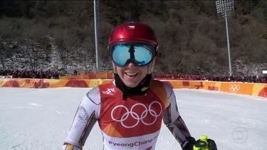 Ester Ledecka e faz história ao conquistar dois ouros em modalidades diferentes - Ester Ledecka e faz história ao conquistar dois ouros em modalidades diferentes.