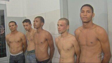 Sete pessoas são presas após assalto a banco em Cuiabá - Sete pessoas são presas após assalto a banco em Cuiabá