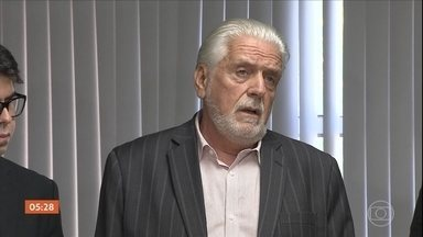 PF indicia ex-governador da BA por suspeita de receber R$ 82 milhões em propina - O dinheiro teria sido pago pelo consórcio responsável pelas obras da Arena Fonte Nova, em salvador.