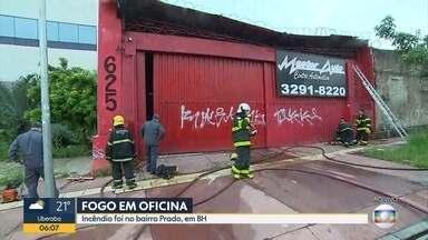 Incêndio atinge oficina no bairro Prado, em Belo Horizonte - Corpo de Bombeiros combateu o fogo na Via Expressa, na capital.