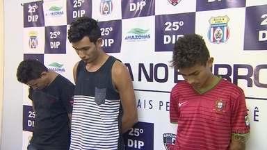 Trio suspeito de abordar rotas e render funcionários do PIM é preso, em Manaus - Suspeitos foram identificados pela polícia em imagens de uma câmera de segurança.