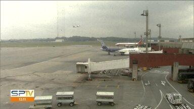 Transpetro encontra dois pontos de furto de combustível próximos ao Aeroporto de Guarulhos - Com isso, 30 voos atrasaram e pelo menos quatro foram cancelados.
