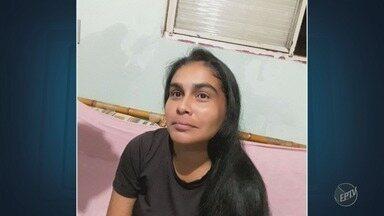 Mulher é encontrada morta a facadas e com sinais de violência sexual - Vítima de 39 anos saiu para caminhar e não voltou. Corpo foi encontrado pela família na noite da segunda-feira (26).