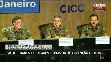 Providências vão fazer que população 'perceba' sensação de segurança - De acordo com Braga Netto, não há planejamento de ações permanentes em comunidades. Segundo autoridades, objetivo da intervenção é 'recuperar a credibilidade' da segurança pública.