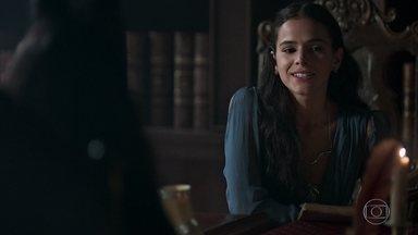 Lucrécia tenta se aproximar de Catarina - A rainha diz que Catarina é sozinha, mas ela diz que não se sente