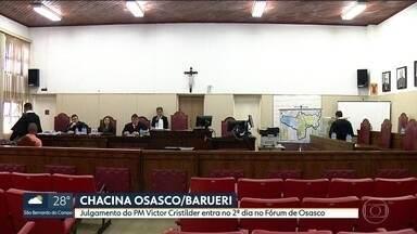 Julgamento de PM acusado de participar da chacina de Osasco e Barueri entra no segundo dia - Victor Cristilder Silva dos Santos é julgado no Fórum de Osasco. Primeiro dia teve depoimento de dois delegados e um PM