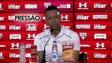 Sidão, goleiro do São Paulo, tem pressão até na coletiva de imprensa! - Sidão, goleiro do São Paulo, tem pressão até na coletiva de imprensa!