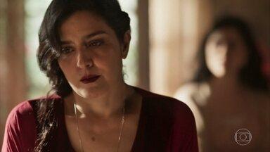 Tereza afirma que não sairá da Quinta da Carrasqueira - Delfina se surpreende com a recusa da filha em acompanhá-la