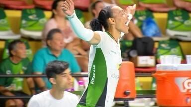 ARLENE VOLEI - Para celebrar o Dia Internacional da Mulher você vai conhecer a história da Arlene, uma jogadora de vôlei que é um exemplo de vitalidade.