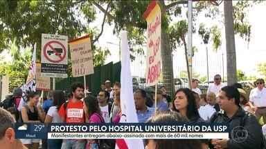 Manifestantes protestam contra condições do Hospital Universitário - O objetivo é entregar um abaixo-assinado para o reitor da USP, pedindo que o hospital volte a atender a população com a estrutura adequada.