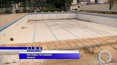 Moradores reclamam de piscinas públicas fechadas em Jacareí - Algumas, inclusive, estão sendo aterradas.