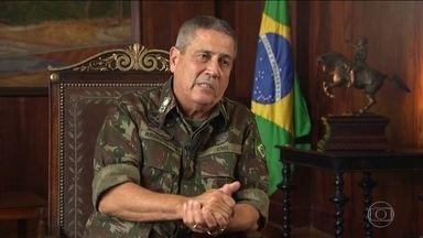 Ações da intervenção federal no Rio serão concentradas em três comunidades da Zona Oeste - O interventor, o general Braga Netto, disse que uma das metas do plano de segurança é recuperar a estrutura e a credibilidade da PM.