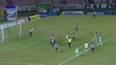 'Ainda teve isso': arbitragem anula gol legítimo do Uberlândia diante do Galo - 'Ainda teve isso': arbitragem anula gol legítimo do Uberlândia diante do Galo