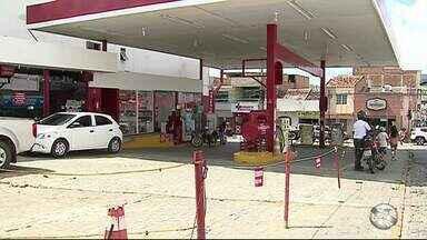 IPEM fiscaliza postos de combustíveis em Caruaru e Toritama - Proprietários dos postos de combustíveis prestarão depoimento a polícia