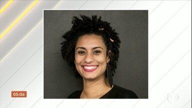 Vereadora do PSOL é morta a tiros no Rio de Janeiro - Marielle Franco, de 38 anos, foi assassinada, no centro da cidade. Além dela, o motorista que dirigia o carro também morreu. Marielle tinha acabado de sair de uma reunião para uma campanha contra o racismo. A principal linha de investigação é execução.