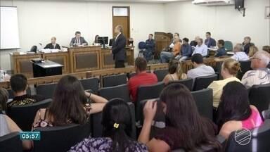 Trio é condenado por homicídio ocorrido em 2005 em Três Lagoas - Vítimas e acusados seriam envolvidos com jogo do bicho. Foram 12 horas de julgamento.