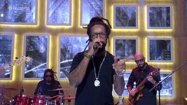 Rael canta 'Envolvidão' - Confira o hit do cantor