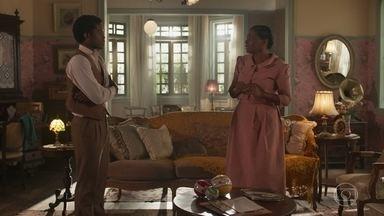Pepito mostra para Balbina a casa que comprou pra ela - Ele diz que chegou a hora dela descansar e Balbina fica muito emocionada