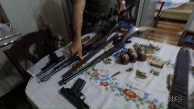 Polícia Ambiental faz a maior operação dos últimos dez anos no Estado - Foram cumpridos 36 mandados de busca e apreensão e 18 pessoas foram presas por crimes relacionados à caça. A polícia apreendeu também 23 armas.