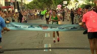 Edson Amaro e Marily dos Santos vencem 35ª edição da Corrida Cidade de Aracaju - Mais de 3 mil atletas participaram da prova que faz parte das comemorações dos 163 anos de Aracaju.
