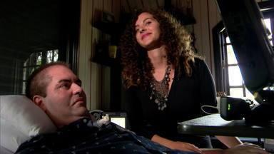 Brasileiro que vive há 10 anos com ELA se inspira em Stephen Hawking - Brasileiro que vive há 10 anos com ELA se inspira em Stephen Hawking