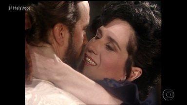 Vera Holtz e Tato Gabus Mendes relembram par romântico em 'Que Rei Sou Eu?' - Atores tomam café da manhã na Casa de Cristal e relembram beijo na trama de 1989. Os dois voltam a trabalhar juntos como o casal Felisberto e Ofélia na novela das 6, 'Orgulho e Paixão'