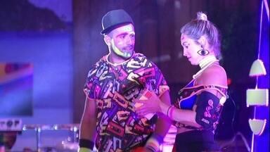 Kaysar promete a Jéssica: 'O que você quiser, eu faço' - Brothers conversam durante a Festa Pop 80
