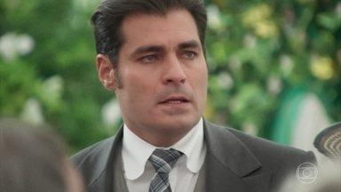 Darcy interrompe pedido de casamento de Camilo a Jane - Lídia conta história a Darcy e faz ele pensar Jane é uma interesseira