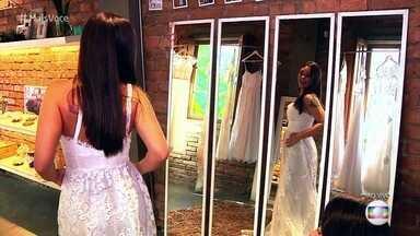 Empresárias apostam em vestidos de noiva econômicos - A ideia da empresa é atender a 'noivas reais', que não querem gastar muito, mas fazem questão de manter a tradicção de ter um vestido de noiva