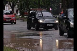 Prefeitura de Belém destinou em 2017 mais de 11 milhões para recuperação de asfalto - Investimento não aparece, pois a cidade está cheia de buracos.