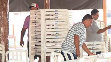Exposição de Londrina espera movimentar mais de 570 milhões de reais - Além de produtores e expositores, vendedores de comidas e assessórios rodam as feiras do país para vender seus produtos.