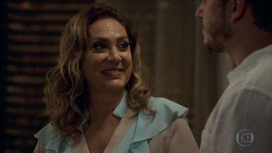Nádia se oferece para ficar com Marquinhos e afirma a Bruno que ama o bebê - Karina decide voltar a morar com os pais