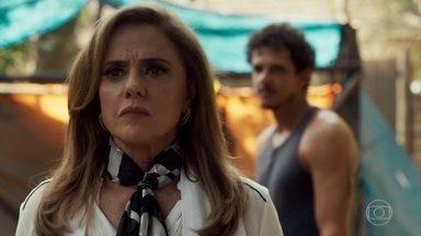 Sophia sela um acordo com Zé Victor - Garimpeiro não se intimida com ameaças da vilã e a coloca contra a parede
