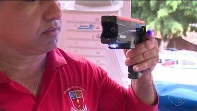 Guardas municipais de Cachoeiro fazem treinamento com armas de choque - Essa é uma das etapas para que eles voltem para as ruas armados.