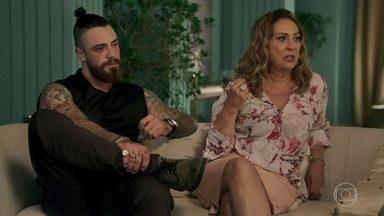 Nádia propõe que Diego fique com a guarda do filho - Karina e sua família ficam pensativos