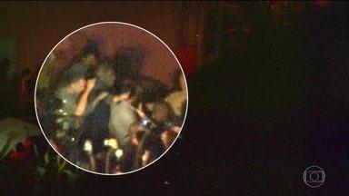 PLANTÃO: ex-presidente Lula se entrega à Polícia Federal - Ex-presidente Lula se entrega à Polícia Federal.