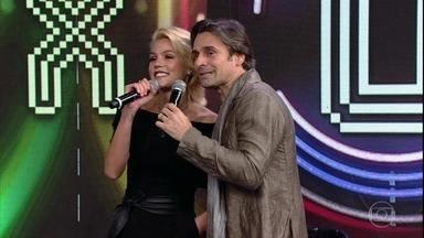 Pâmela Tomé e Murilo Rosa acertam atração da campainha número cinco - Dupla canta trecho da canção