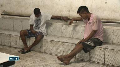 Dois suspeitos são presos com arma e drogas em Vila Velha, ES - Guarda Municipal efetuou a prisão.