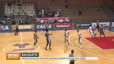 Basquete: Brasília Búfalos vence o Blumenau pela Liga Ouro - Equipe brasiliense sobe para o quinto lugar na tabela e briga por uma vaga nos playoffs do campeonato.