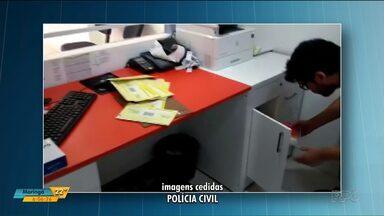 Empresário é preso por não pagar pensão é suspeito de outro crime - Polícia acredita que ele também aplicava golpe de telefonia celular. Empresário é de Umuarama, mas também tem lojas franquiadas em Maringá e Cascavel e um call center em Curitiba