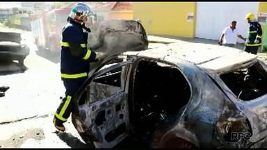 Mecânico tem queimaduras de primeiro e segundo graus em Ponta Grossa - Ele estava trabalhando em um carro quando o mesmo pegou fogo.