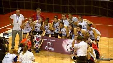Jundiaí e Itu são as equipes campeãs da Copa TV TEM de Futsal 2018 - Usando a vantagem conquistada no primeiro jogo, Jundiaí conseguiu um empate em 2 a 2 com Sorocaba e conquistou o título masculino da Copa TV TEM de Futsal. Na categoria feminina, Itu virou sobre Sorocaba, fez 3 a 1 e garantiu a quinta taça da competição.