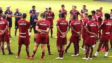 Atlético-GO recebe o Criciúma em sua estreia na Série B - Após eliminações frustrantes no Campeonato Goiano e na Copa do Brasil, Dragão tenta dar a volta por cima na temporada.