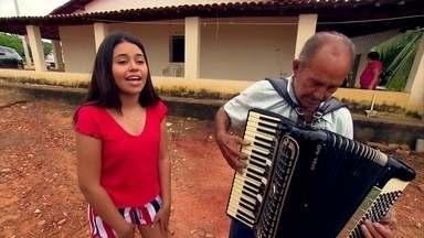 A paraibana Eduarda Brasil vence o The Voice Kids com forró de sua terra - Eduarda é da quinta geração de músicos da família. Os avós do avô dela já tocavam nos bailes da região de São José de Piranhas.